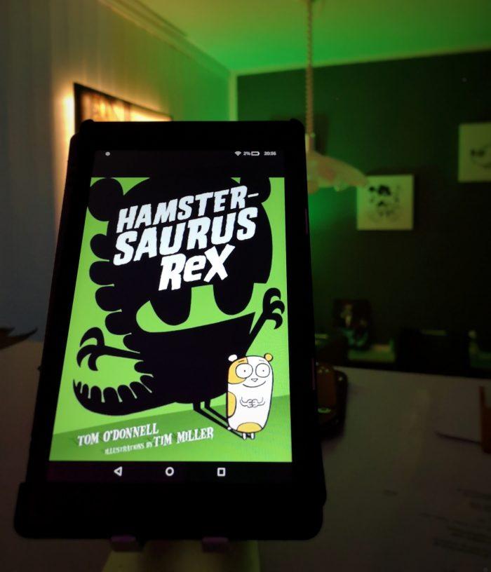 Hamstersaurus Rex. Grünes Cover mit einem Hamster.